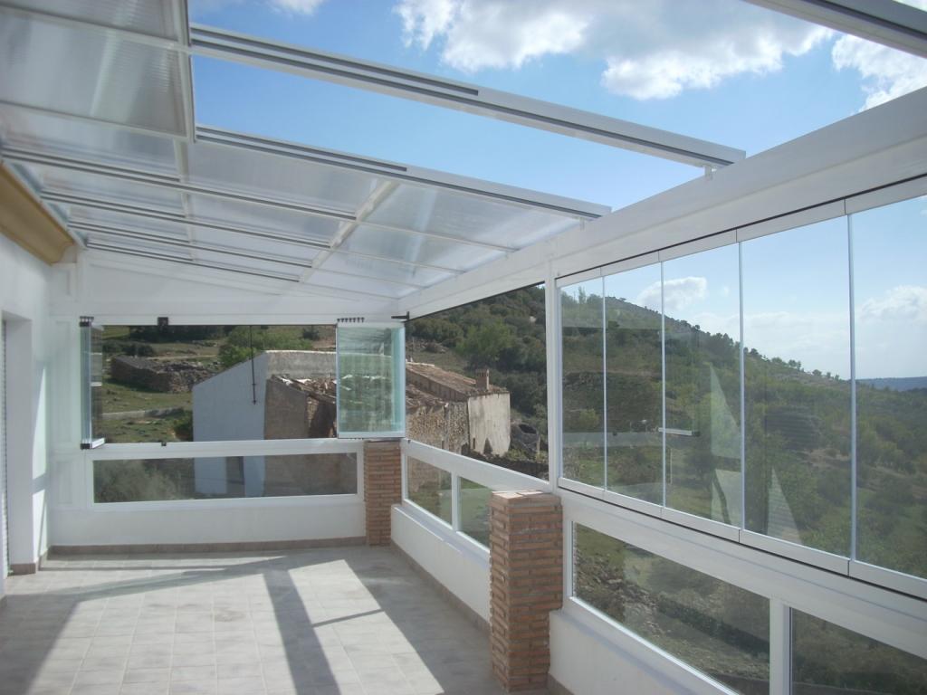 Ventanas pvc y aluminio valencia techos moviles for Acristalamiento de terrazas precios